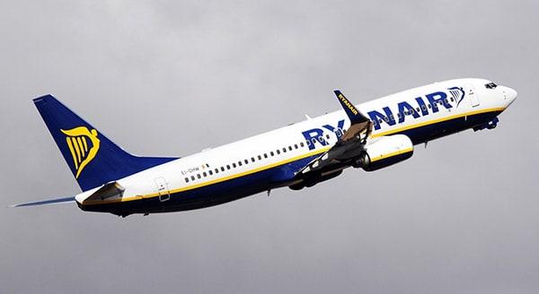 avion_ryanair